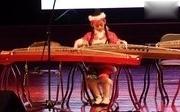 甜心格格演奏的丰收锣鼓7岁
