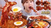 【g-ni】吃韩国软豆腐炖菜(松竹鸡肝)和席尔维泡菜炒饭、小汤。(2019年8月7日22时44分)