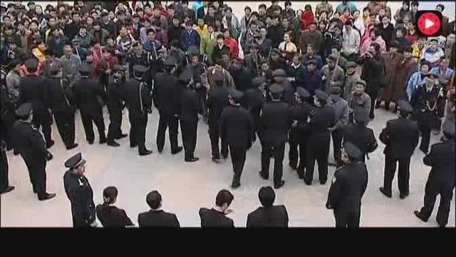 局长查封娱乐城,结果老板让人殴打执法人员,还把警队找来了